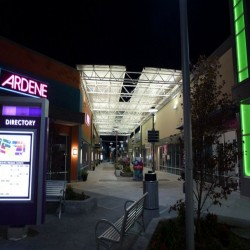 Toronto Premium Outlets image #4